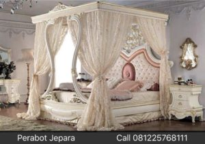Model Tempat Tidur Mewah Kanopi
