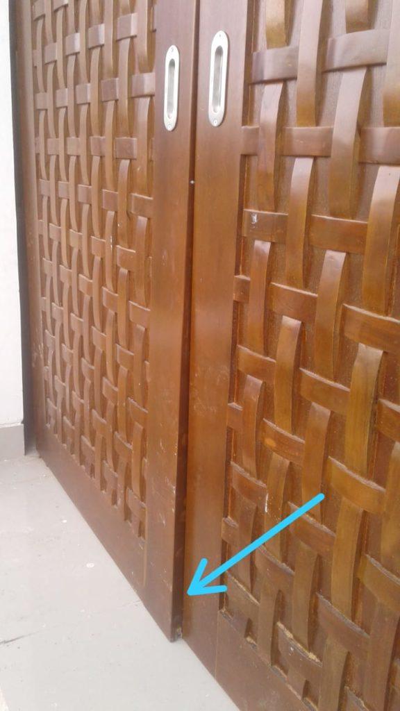 Kesalahan membuat pintu rumah memakai kayu tidak oven kering