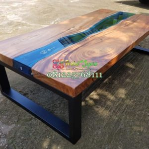 Meja Trembesi Resin Midle Glass Kaki Besi